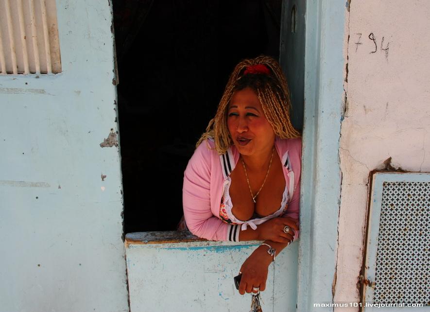 есть ли проститутки негритянки в тунисе