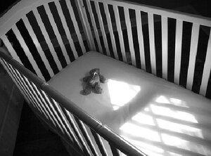 Во Владивостоке от удушения умерла новорожденная девочка