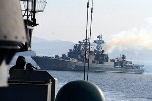 Во Владивосток прибывают военные моряки Китая