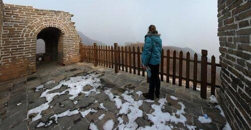 Не туристическая китайская стена Новенький заборчик