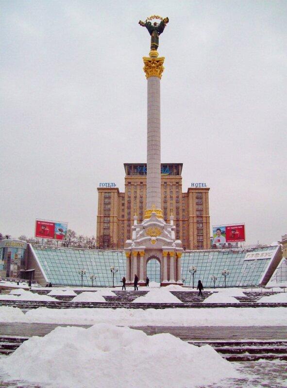 Майдан Незалежности зимой