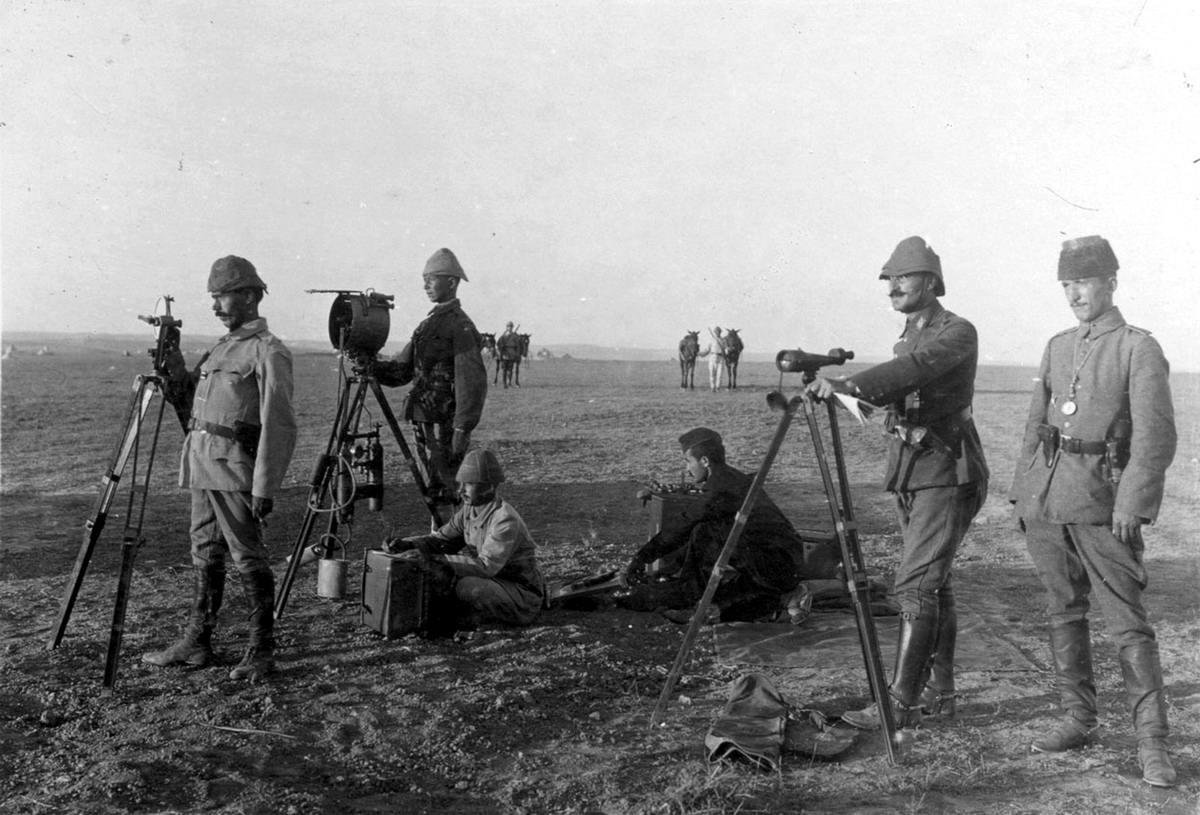 Турецкие военные используют гелиограф (беспроводной солнечной телеграф) для осуществления связи (1917 год) (8)