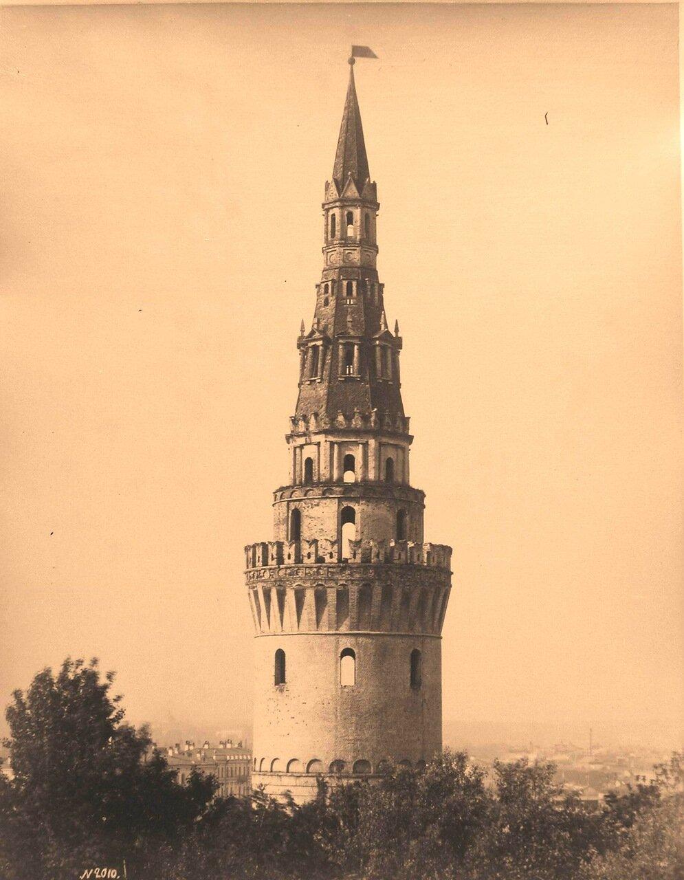 Вид верхней части Водовзводной башни Кремля