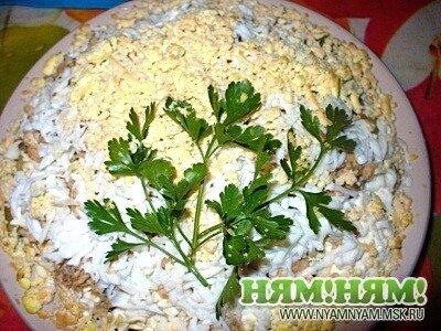 Салат «Мимоза с грушей»