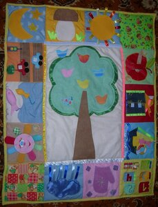 Развивающий коврик с деревом