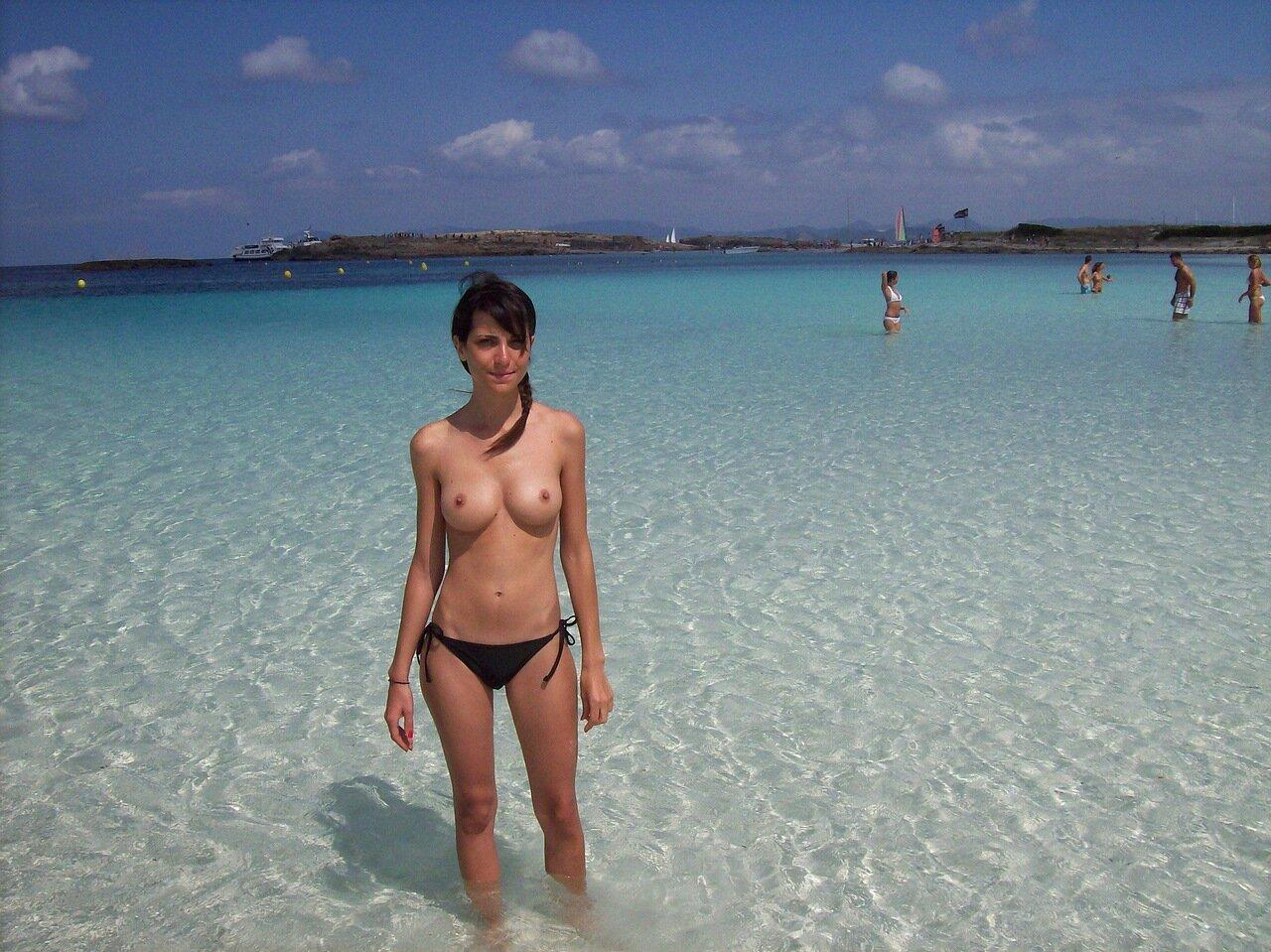 Фото полных людeй нa нудистских пляжaх 9 фотография
