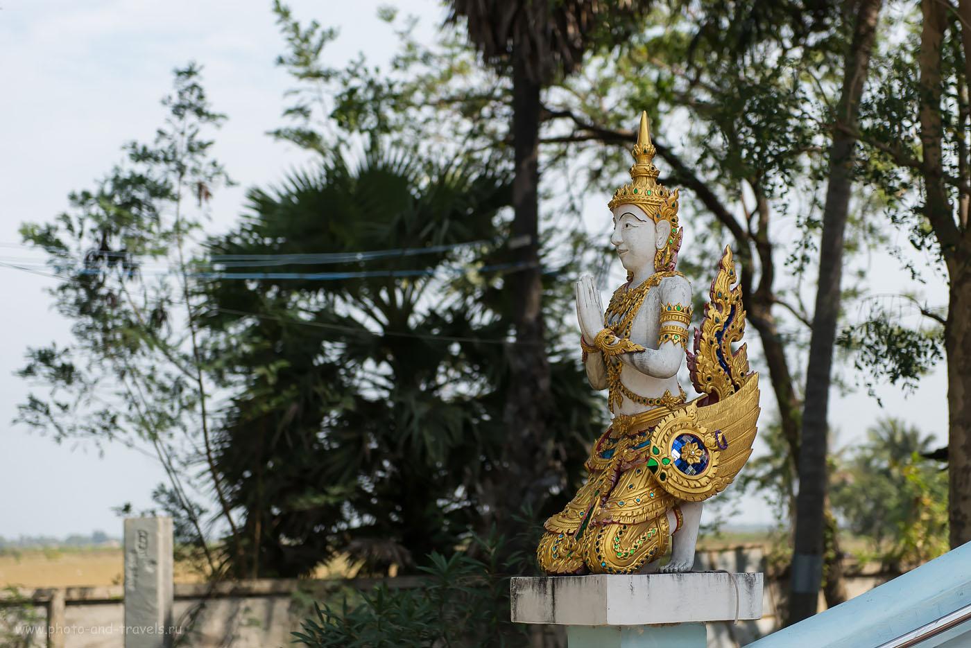 Снимок 25. Неизвестный персонаж на лестнице, ведущей к статуе Великий Ушастик. Отзывы об экскурсиях в окрестностях Хуахина.