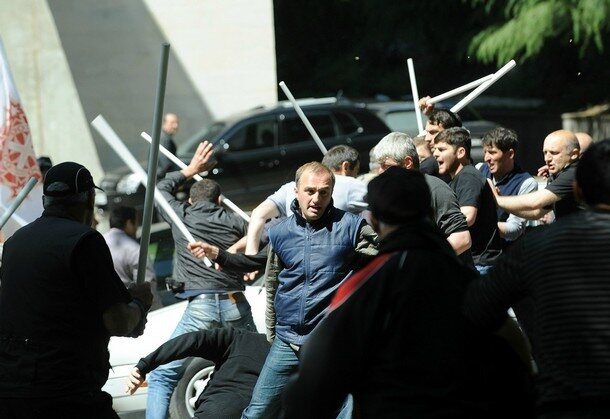 Georgian opposition activists clash with