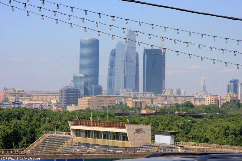 http://img-fotki.yandex.ru/get/4704/night-city-dream.b6/0_5c56e_a01e985f_XL.jpg