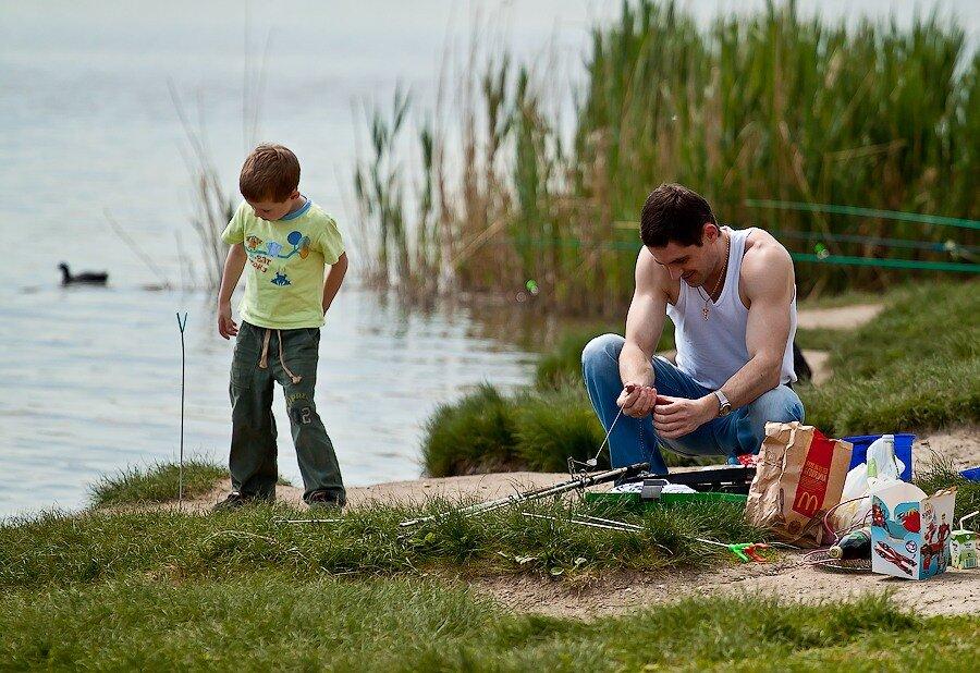 рыбалка берег река ребенок