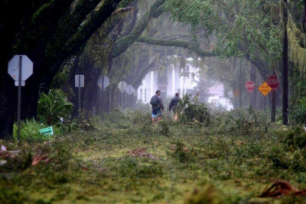 Улица Санкт-Августин во Флориде после урагана Мэтью