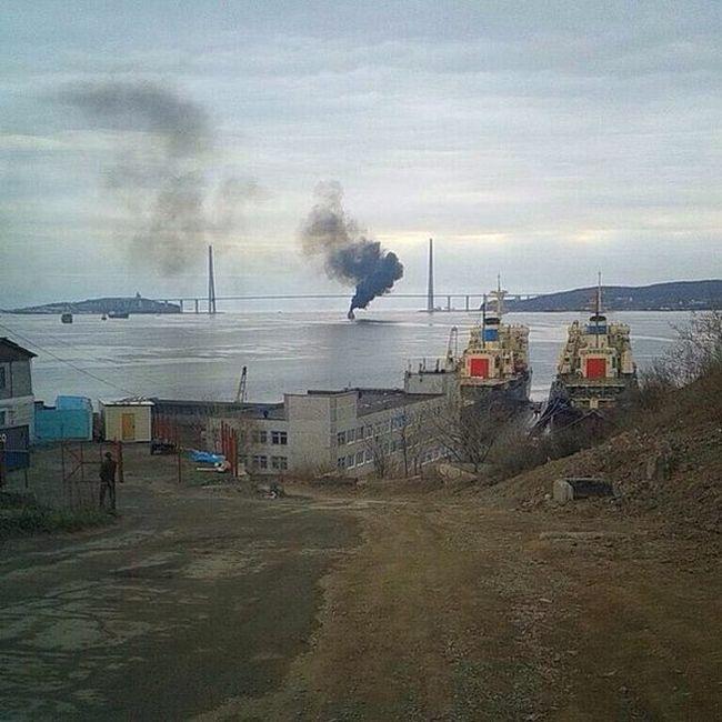 Военный корабль проявил себя во Владивостоке