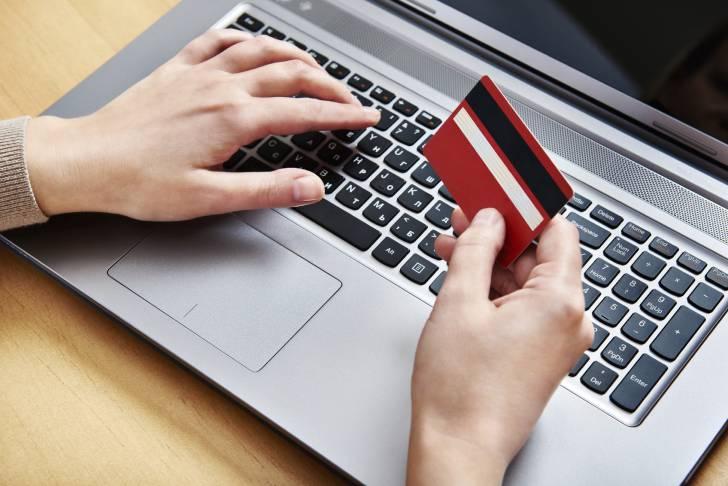 Русские банки открывают невидимые счета для собственных клиентов