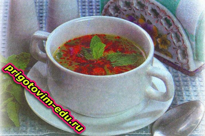 Крем-суп из шпината с мятой