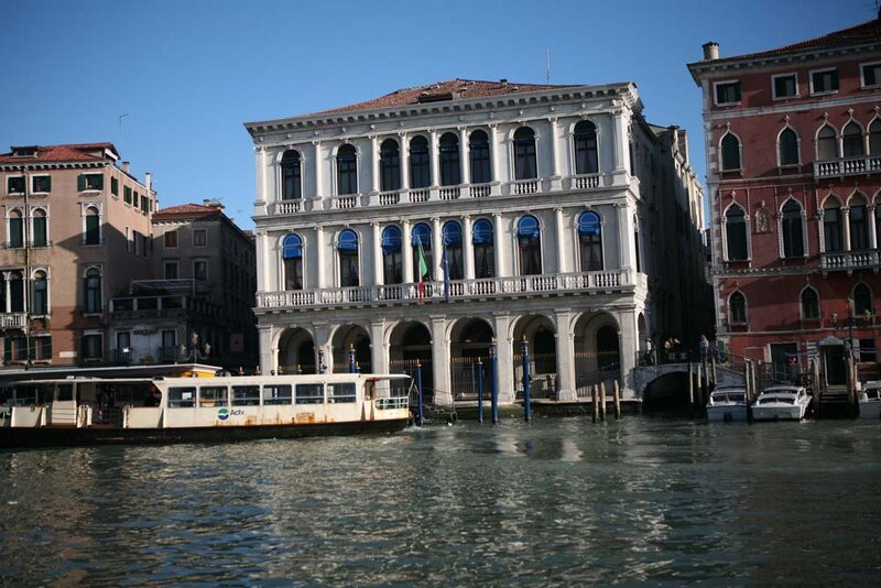 Photo Tour of the Old Canals and Architectural Monuments of Venice