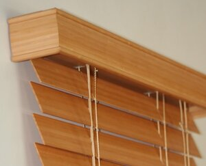 Декорируем интерьер - деревянные жалюзи