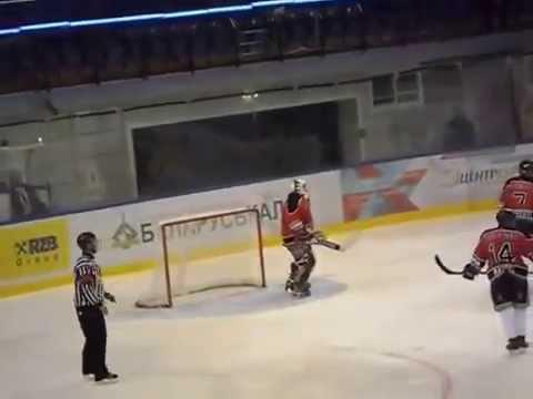 Вратарь сборной швейцарии по хоккею покорил всех своими танцами