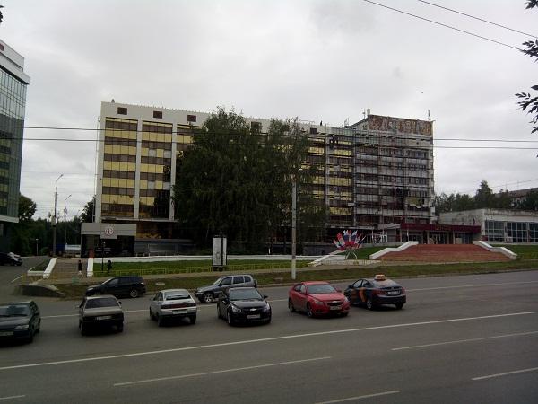 Новый фасад гостиницы