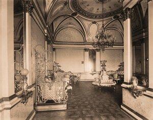 Интерьер гостиной (приёмной) императрицы на Собственной половине Большого Кремлёвского дворца.