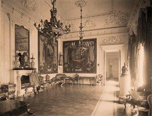 Интерьер гостиной в резиденции их высочеств в  [Большом Кремлёвском] дворце.