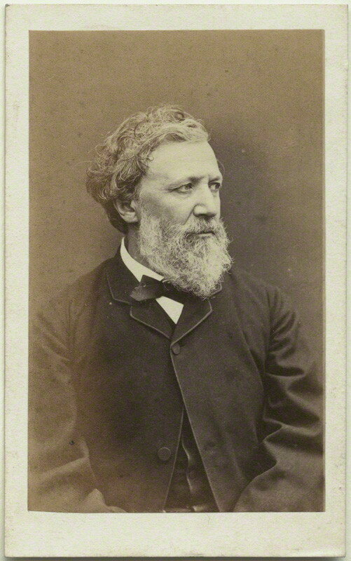 a biography of robert browning a poet Robert browning was a famous english poet and playwright check out this biography to know about his childhood, family life, achievements and other facts robert browning started his writing career in 1830 but did not get much success during his initial days as a poet though he was supported whole.
