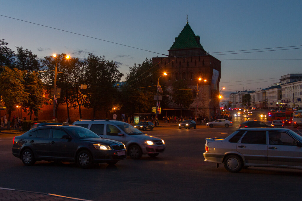 Площадь Минина и Пожарского, Нижний Новгород