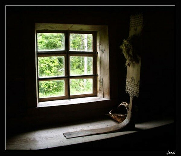 Photo Rural window by Yuri Gnatiuk -Jora.