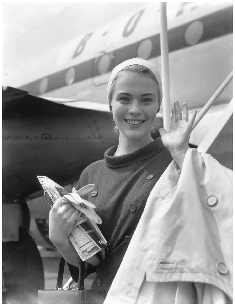 1957. Джин Сиберг в лондонском аэропорту
