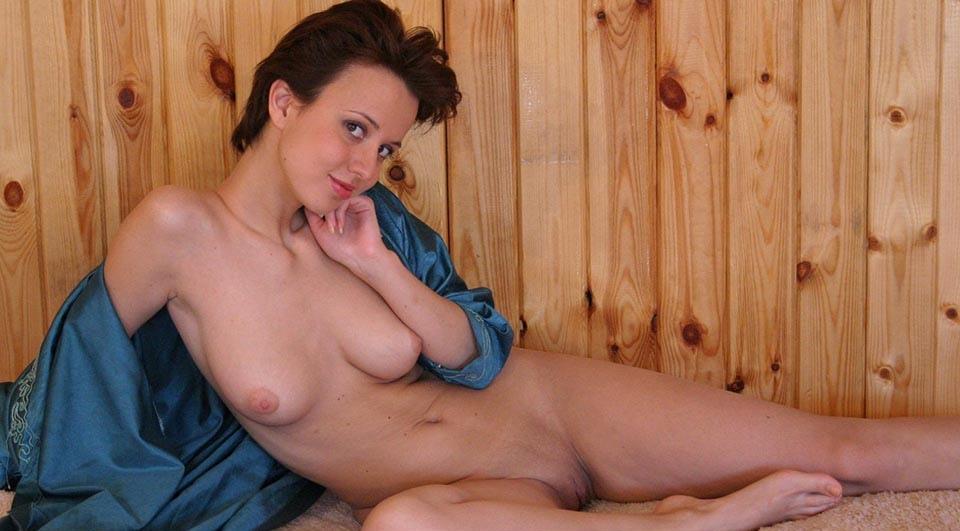 Эротика голенькой девушки с утра! (40 фото)