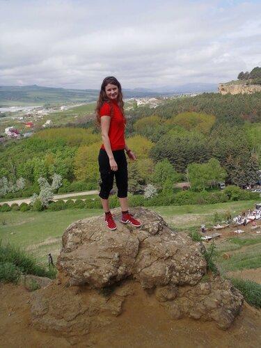 на скалах Боргустанского хребта