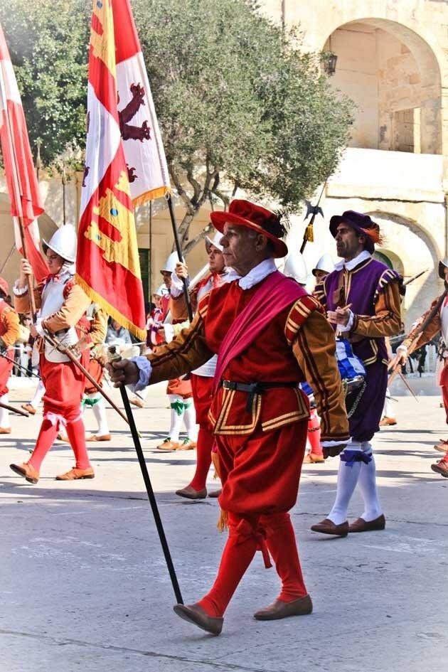 Парад мальтийских рыцарей In Guardia