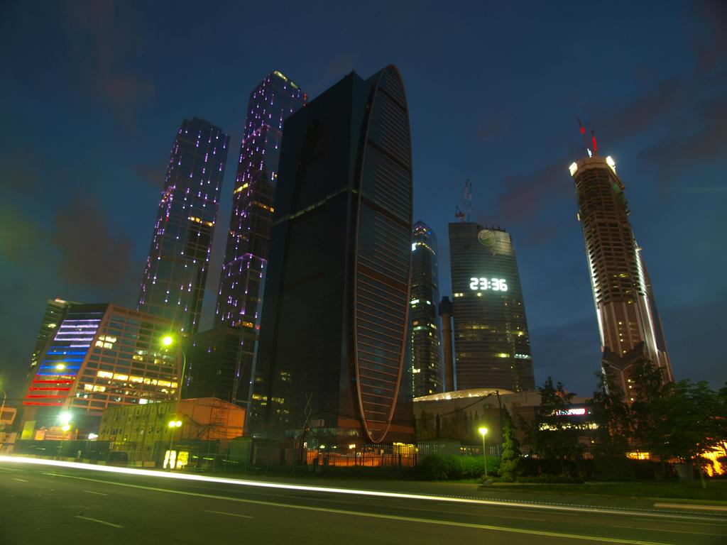 http://img-fotki.yandex.ru/get/4705/parktower99911.43/0_4c644_340991ed_orig