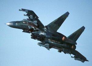 Посадка боевых самолётов на трассу под Хабаровском попала на видео