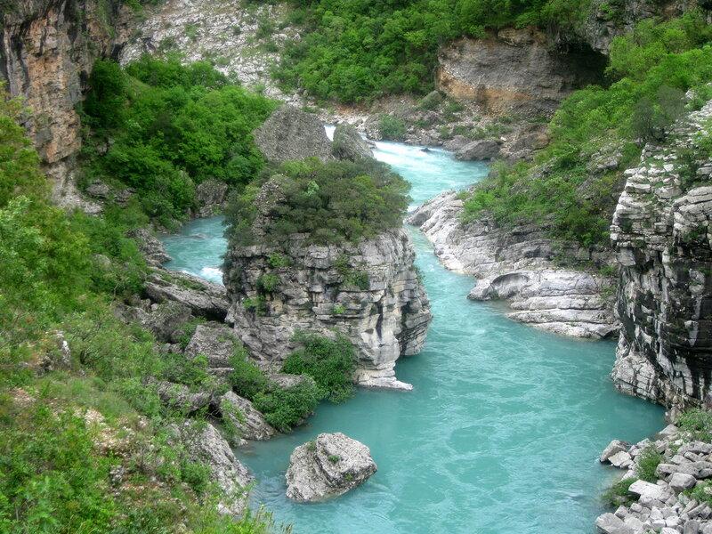 киньон реки Морача