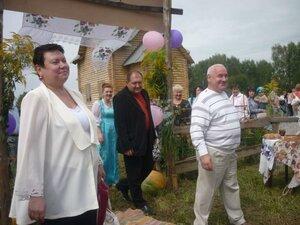 Открытие праздника Медовый Спас в деревне Салынь.