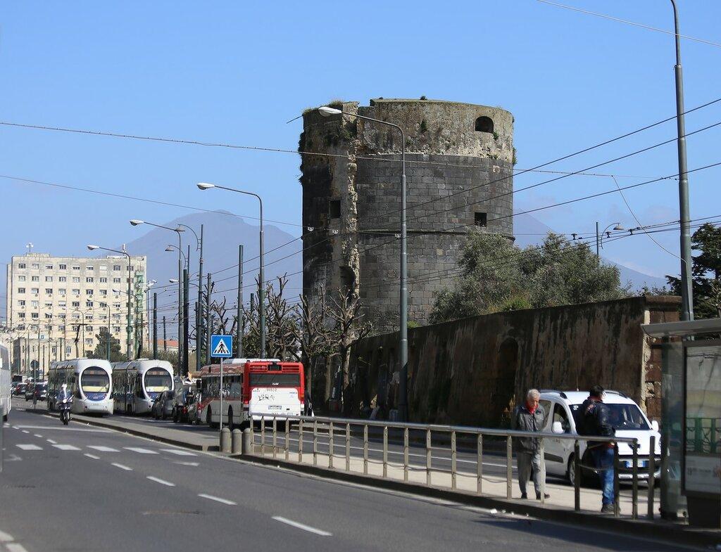 Неаполь.
