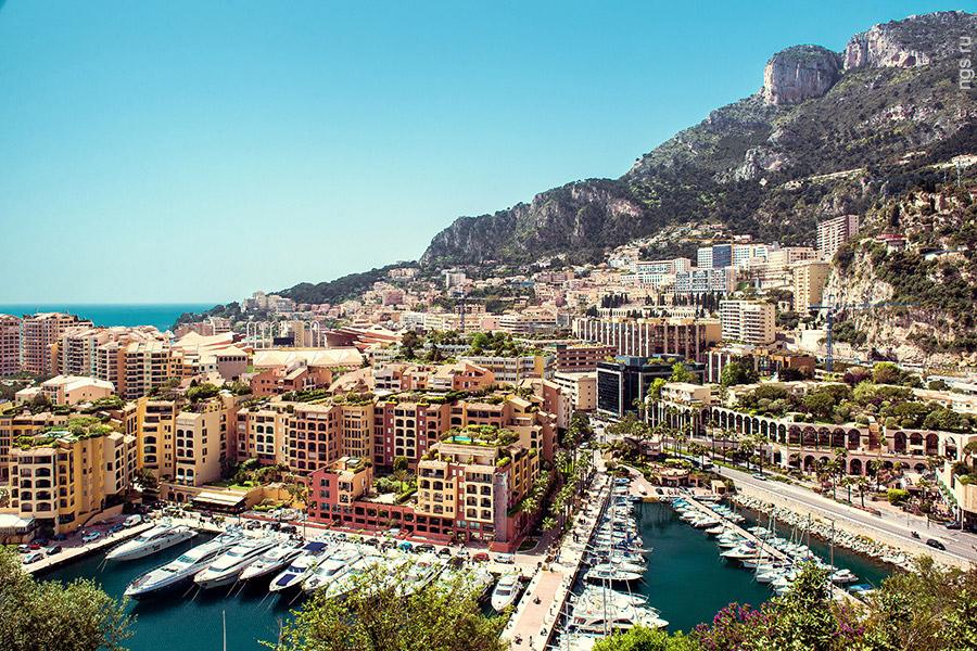 5. Самый старый район Монако — Монако-вилль, это оазис старой застройки, оставшейся на выдающейся в