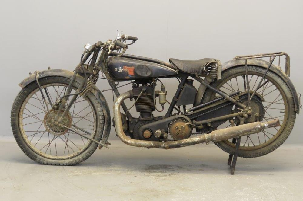 Старинный мотоцикл Calthorpe D6 350 1928