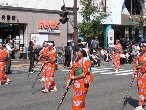 Осенний фестиваль Айдзу Мацури в городе Айдзувакамацу.
