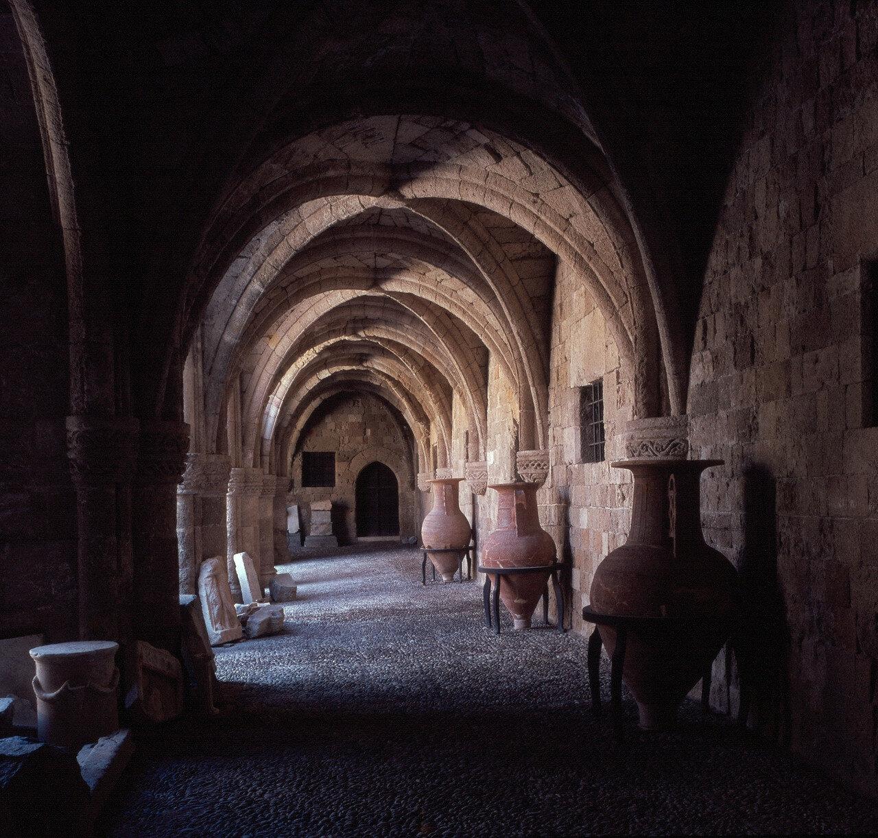 Родос. Новая больница госпитальеров (ныне археологический музей)