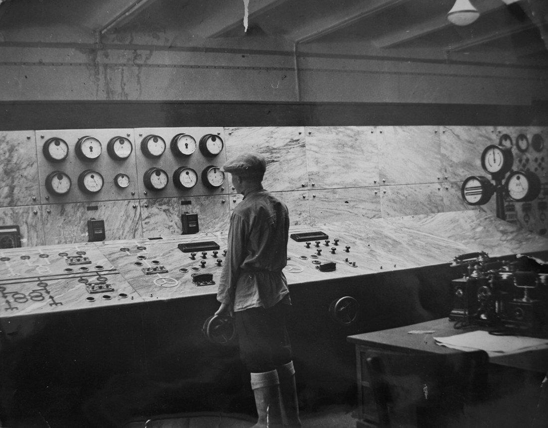 1928. Главный щит управления был сделан из мрамора