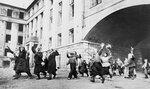 Встреча советских воинов в освобожденном Брянске. 17 сентябр.jpg
