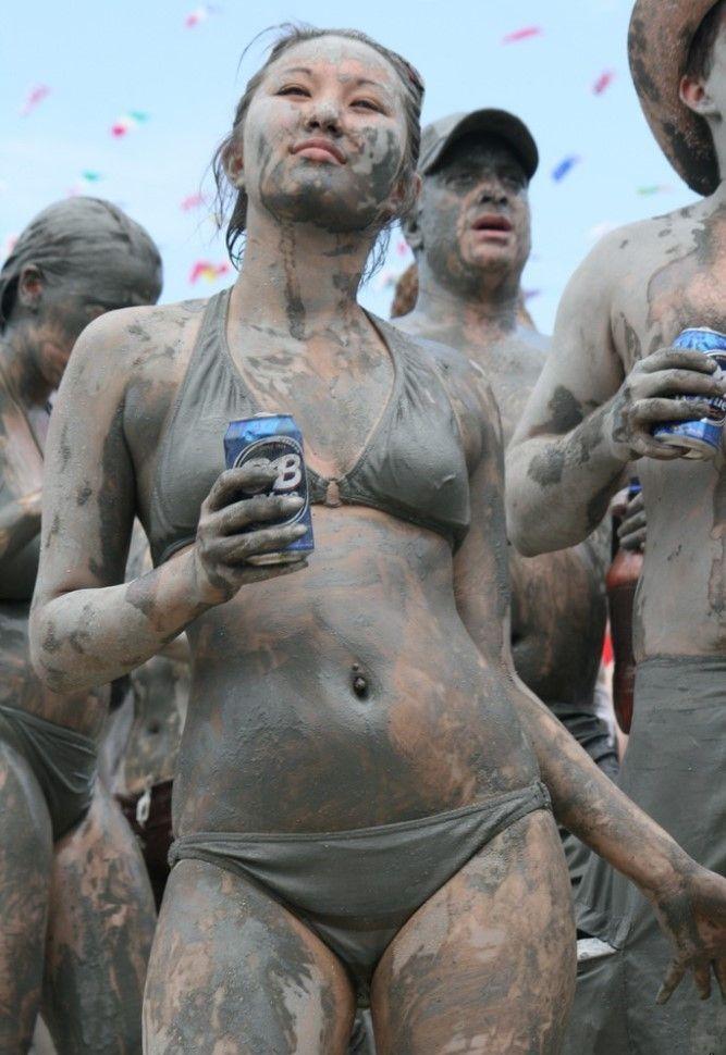 Фестиваль грязи в Южной Корее
