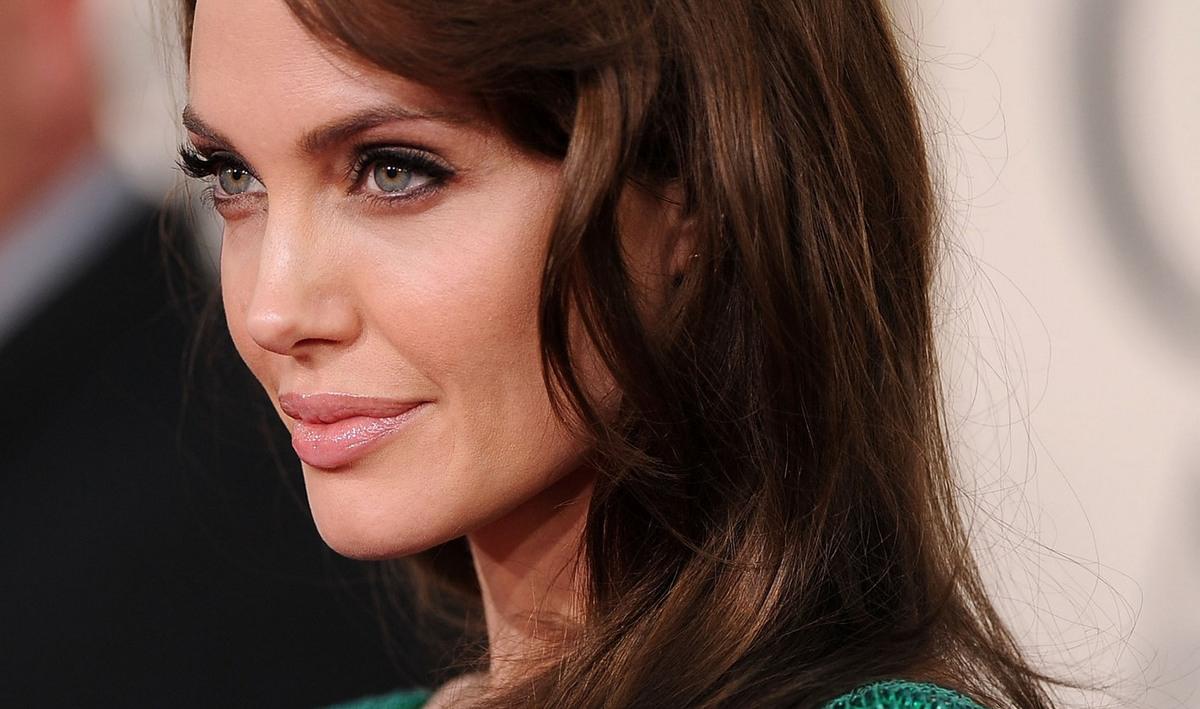 Новости шоу бизнеса: Анджелина Джоли в роли Екатерины II
