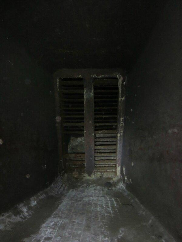 Подземка и коммуна 019.JPG