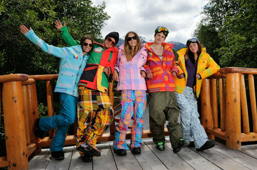 Сноубордическая куртка: виды, выбор, уход