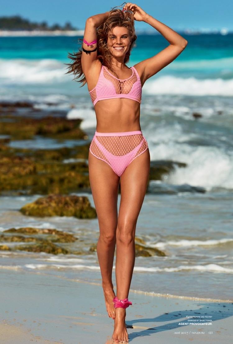 Maryna Linchuk Nude Photos 6