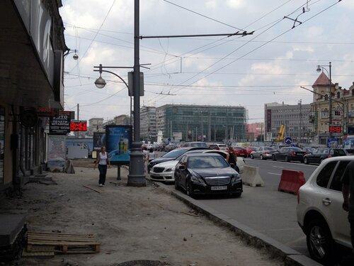 У Белорусского вокзала