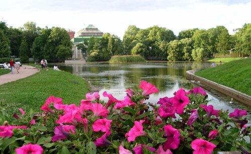 Пруд вТаврическом саду.