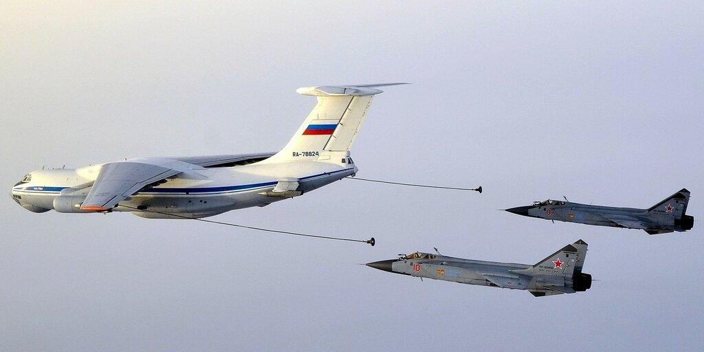 78824 имитация дозаправки с Ил-78.jpg